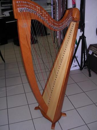 les plus belles harpes magasin de musique. Black Bedroom Furniture Sets. Home Design Ideas