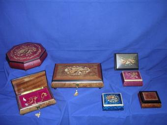 Boîtes à musique en bois